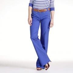 Pantalón estilo pantalón con puente, entrepierna