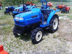 Tractor viñedo