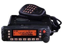 Transceptores móviles YAESU FT-7900