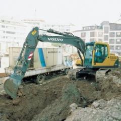 Excavadora EC140B