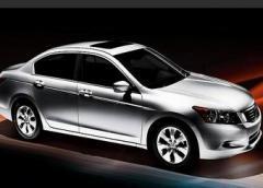 Automovile Honda Accord