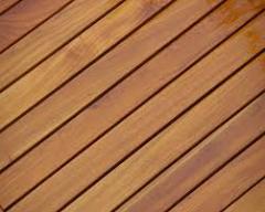Tablones y madera aserrada