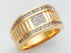 Anillo de Oro Amarillo con detalles de piedras de