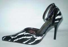 Zapatos femeninas