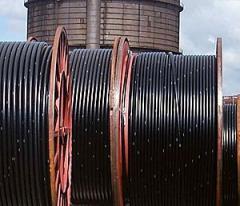 Cable eléctrico de alta tensión